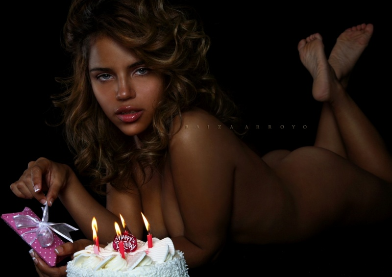 Female model photo shoot of Raiza  and stephiesosexy in The bronx