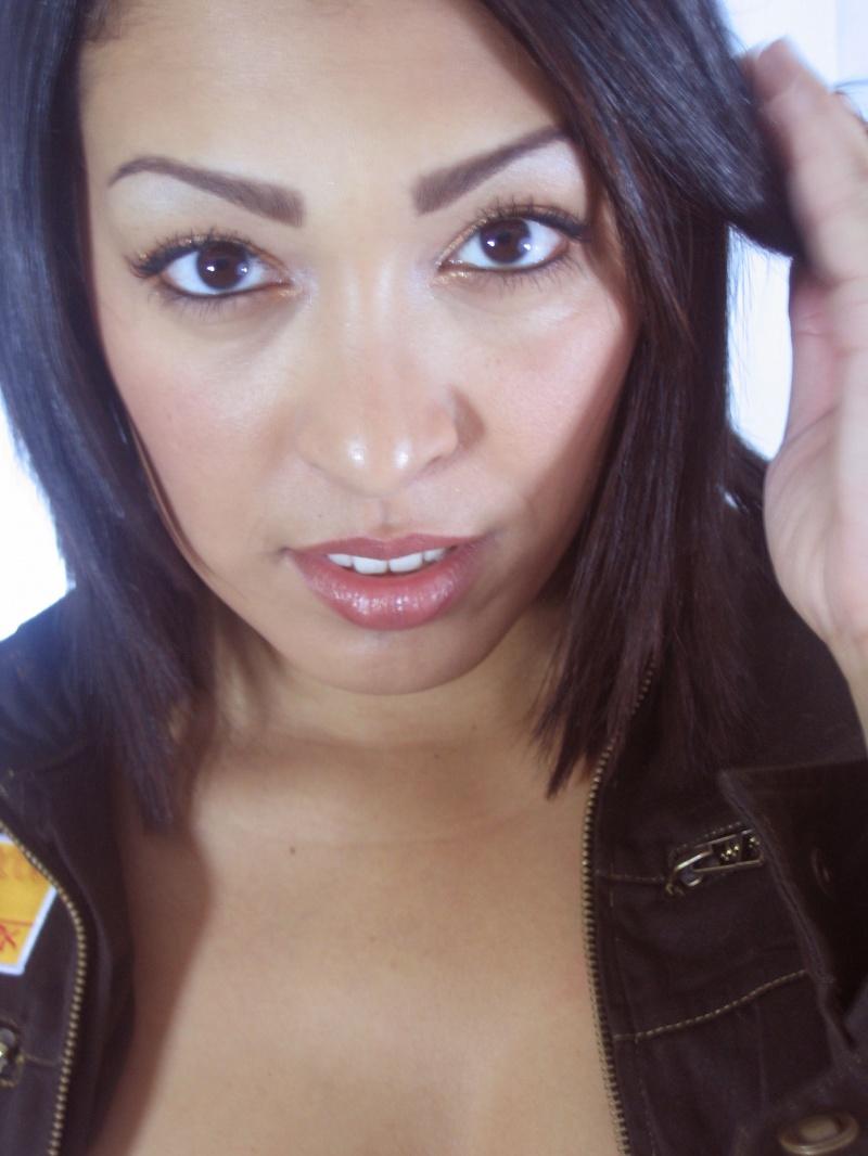 Female model photo shoot of Phanna