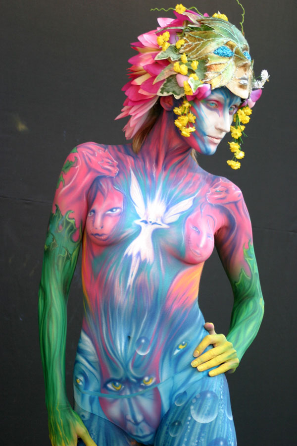 Daegu South Korea Nov 15, 2008 alex Hansen 1st place airbrush at the Korean World bodypainting Festival