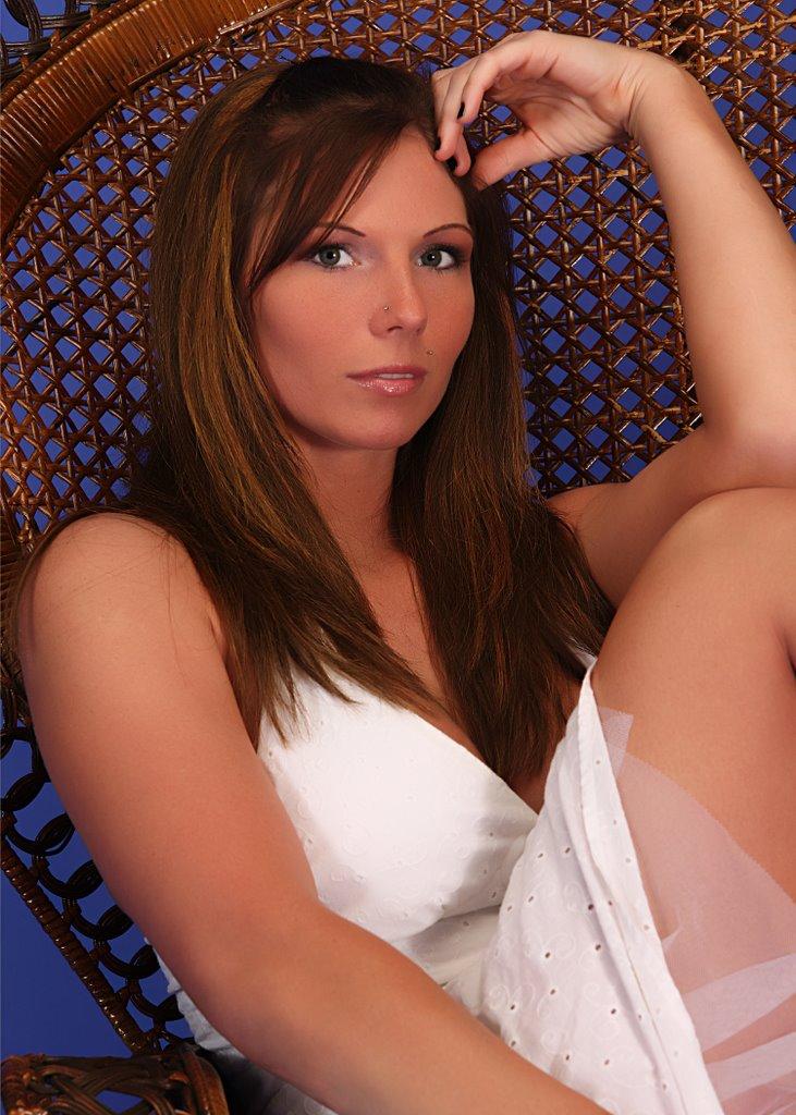 Female model photo shoot of Erin Ferre by BERNARD in Charlotte Studio