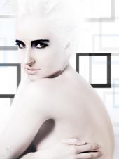 https://photos.modelmayhem.com/photos/081116/20/4920cfdc24691_m.jpg