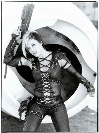 Vancouver, BC Nov 17, 2008 Huntergirl Productions Huntergirl rocks!!