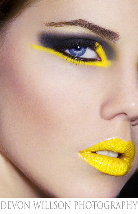 Sarasota Nov 21, 2008 Devon Wilson  In Your Face Make-Up!