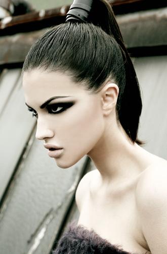Toronto Nov 23, 2008 Scott Lennon Photography Model - Kristen A  /  Makeup - Andrea Berg  /  Stylist - Natasha Bruno