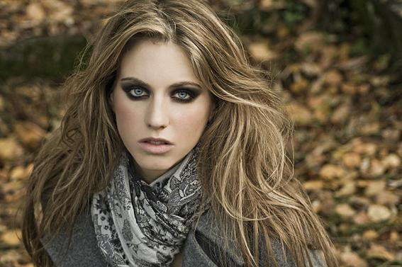 Female model photo shoot of Rachel87