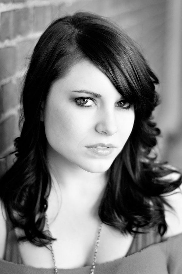 Female model photo shoot of Jennifer Irene