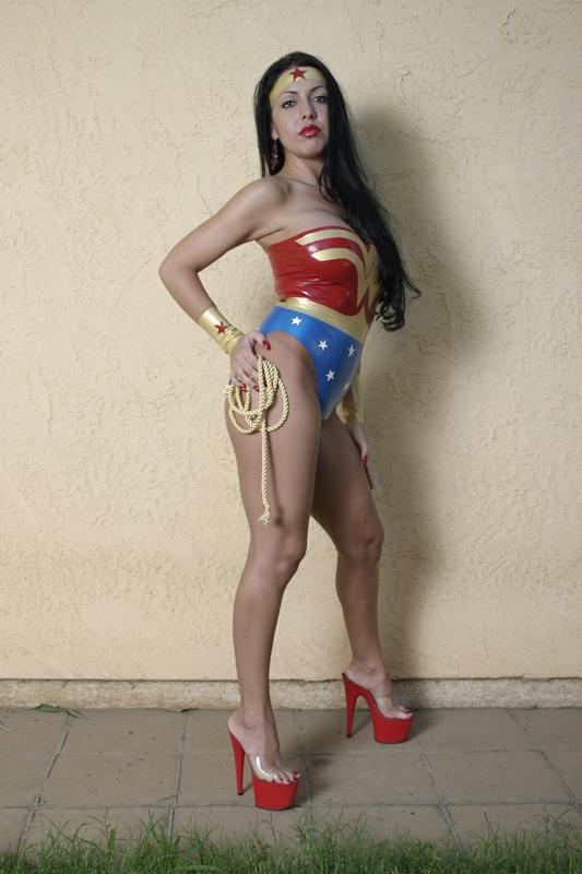 Elk Grove, CA Dec 04, 2008 Hawkes Design, Emoni and Rodney Wonder Woman costume