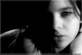 http://photos.modelmayhem.com/photos/081206/17/493afef57ed00_m.jpg