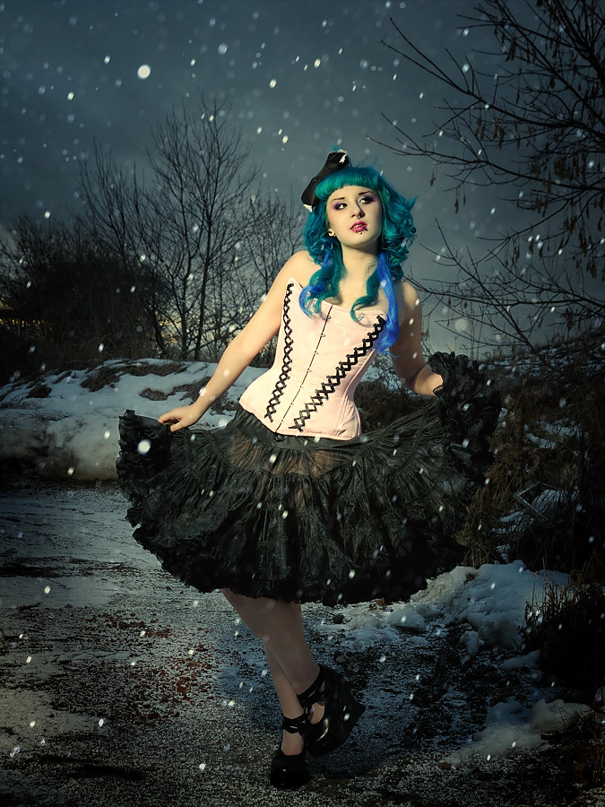 Dec 06, 2008 X processed, Jenni Evil, Starkers Corsets Frozen Dolly