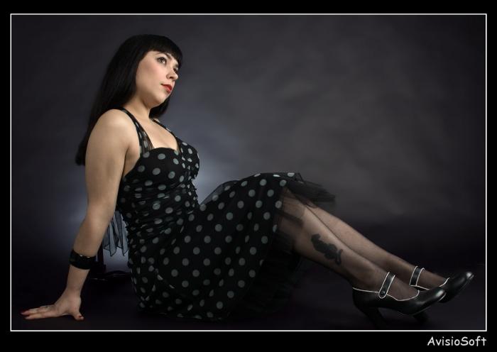 Female model photo shoot of Josie Labelle