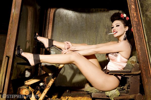 Dec 10, 2008 Pin up Girl Makeup and Hair Stylist, Sarah Terry