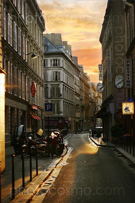 Paris, France Dec 10, 2008 Photocosmo.com sunset on Rue De Surene .... SOLIS OCCASUS ......