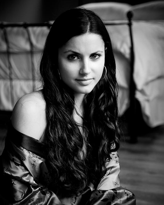 Female model photo shoot of Stephanie Brandolini