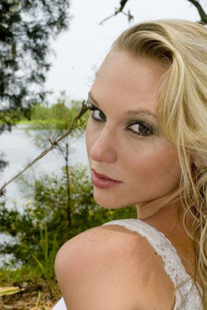 Female model photo shoot of Kat EE by Frank D Paris