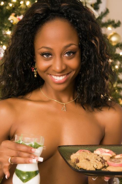 Altamonte Springs, FL Dec 13, 2008 JR Photography Santa loves his milk n cookies....yum...
