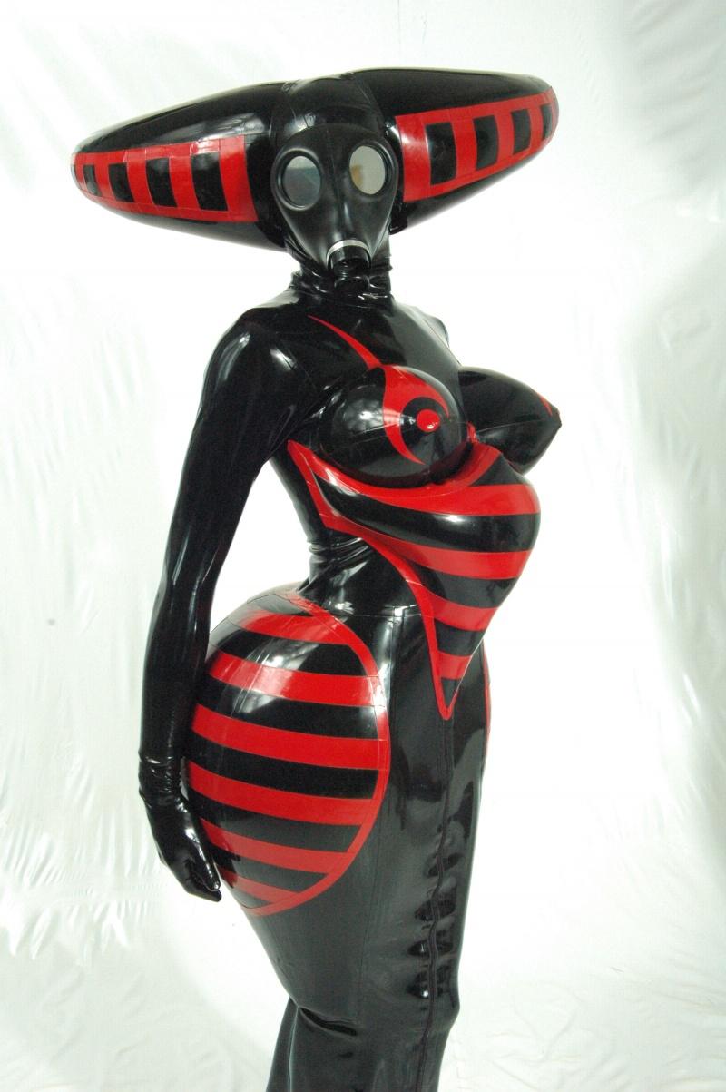 London Dec 16, 2008 Pretty Pervy Hornet dress