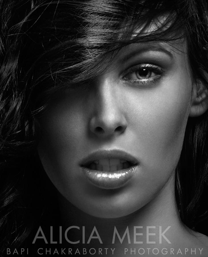 Female model photo shoot of AliciaMeek