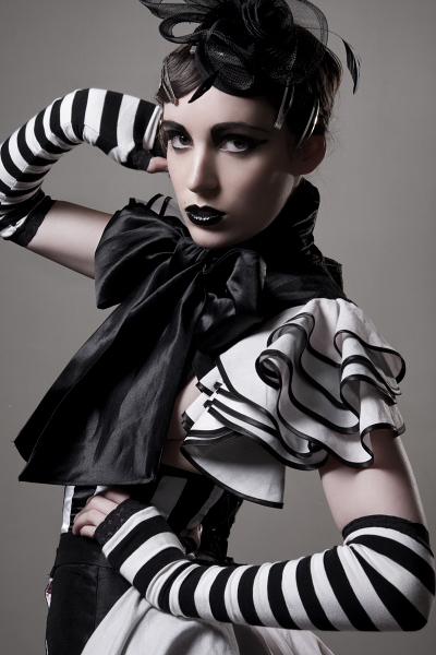 Studio Dec 18, 2008 Photographer: david Woolley // Makeup - Hair : Veronika Moreira  Lia Parravicini Collection