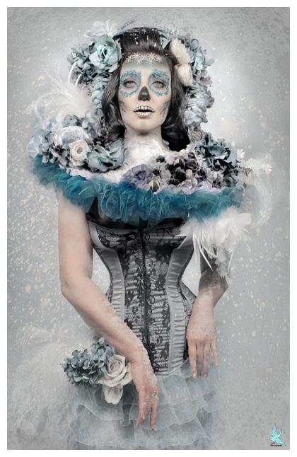 666 studios Dec 18, 2008 666photography Winter Muertos MUA/Model: Lisa Naeyaert, costume/styling/hair/photo: me
