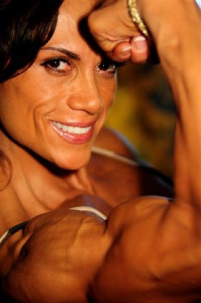LasVegas, site of 2008 IFBB Olympia Dec 20, 2008 Photo by CSI Photo though I own usage rights Lilli Ewing, Bracelets