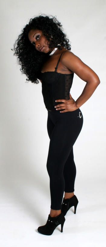 Dec 21, 2008 SHOWING MY CURVES IN THE ALL BLACK SKINTIGHT SUIT