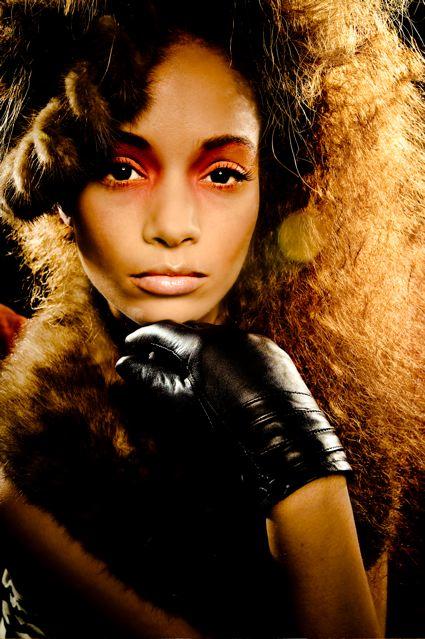 http://photos.modelmayhem.com/photos/081224/00/4951ed71bc87d.jpg
