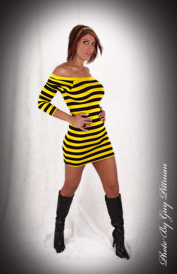Studio Dec 24, 2008 Guy Pitmann Ms Bumble Bee!!