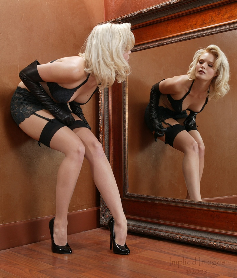 Shot at Implied Images Studio SLC. Styling by Blonde on the Rocks. Dec 26, 2008 Implied Images An Adjustment