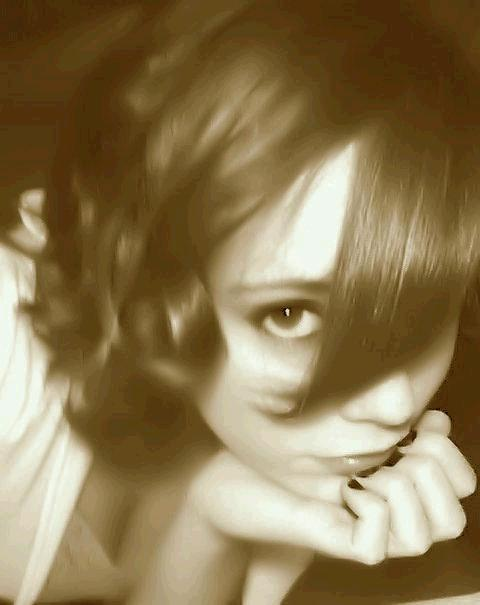 Female model photo shoot of ErynKaye