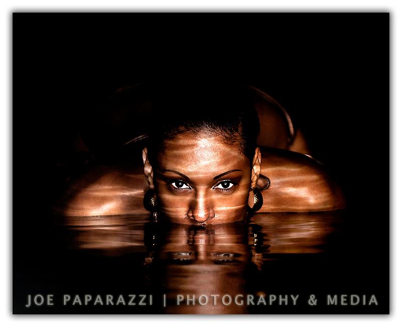 http://photos.modelmayhem.com/photos/090102/02/495df1a2be1c3.jpg