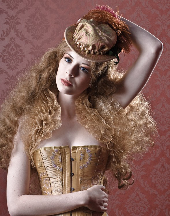 Jan 03, 2009 Kate OBrien Elizabethan Riding Bonnet / Kate OBrien Creative / Model -
