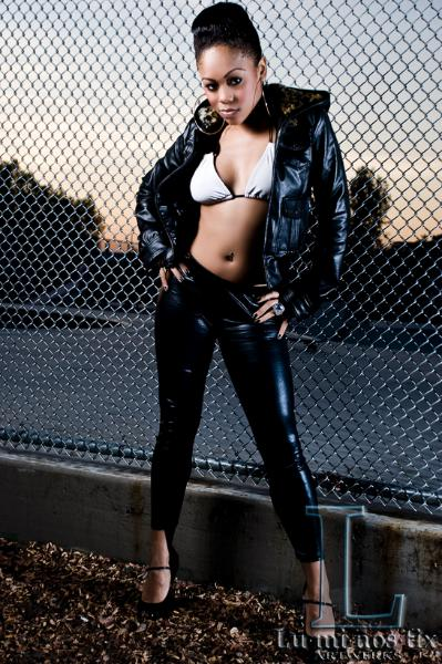 Female model photo shoot of Shavone Moore by Luminostix Artwerkz in Los Angeles on location
