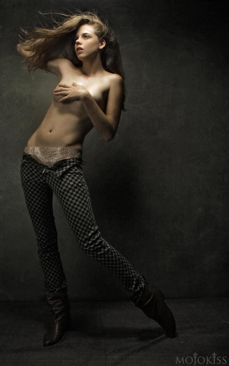 Male model photo shoot of mojokiss