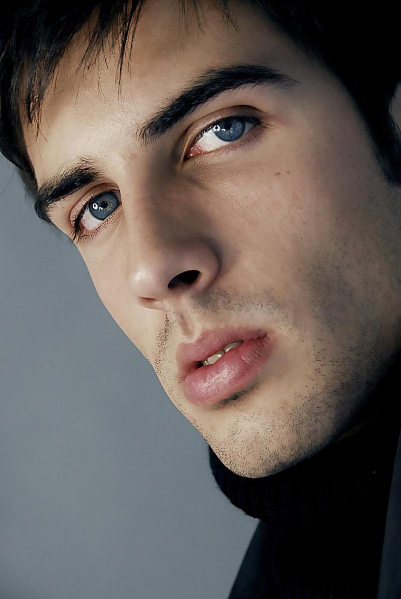 Male model photo shoot of Oliver V by ASJ Photography