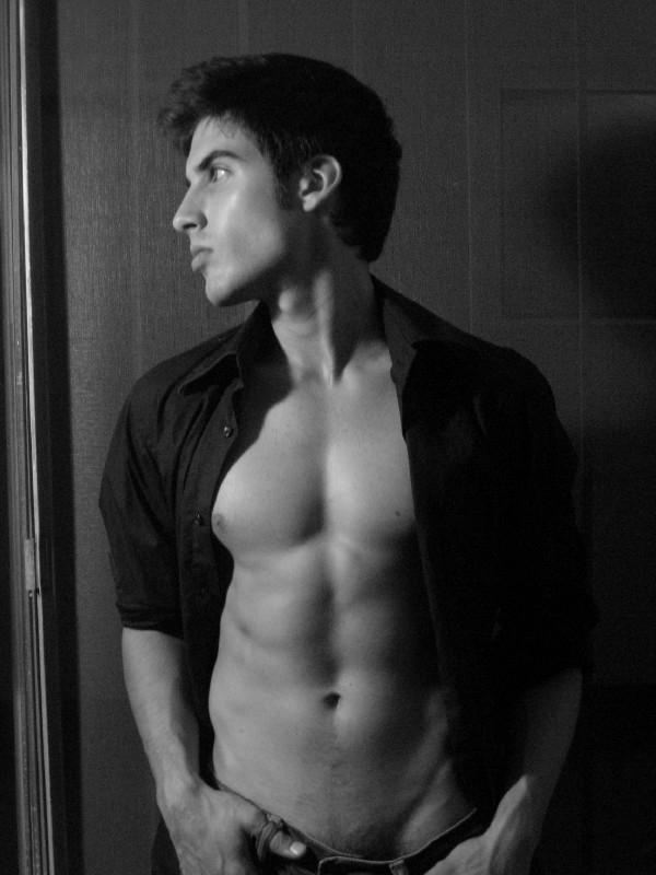 Male model photo shoot of Oliver V