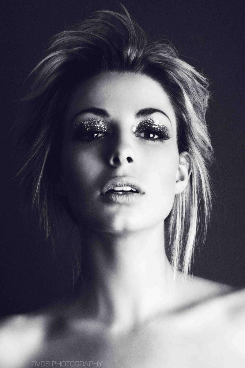 Female model photo shoot of KirstyCorner