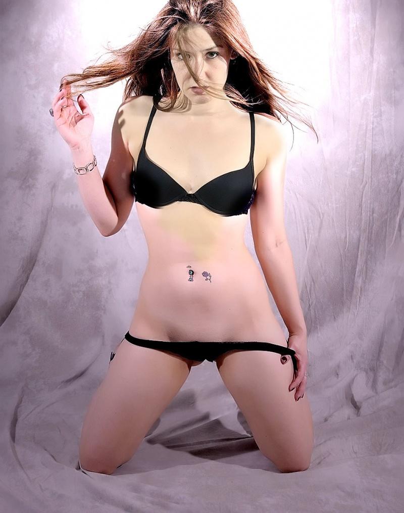 Female model photo shoot of Kylie Rose