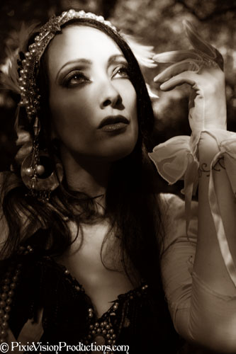 Female model photo shoot of JeniViva Danseuse
