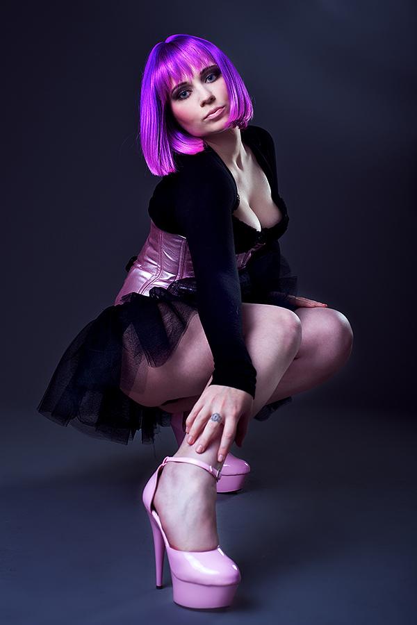 Female model photo shoot of Leandra_Lan