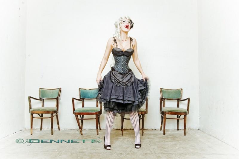 Dress & Waist Cincher: Passional Jan 23, 2009 Jerry Bennett Song