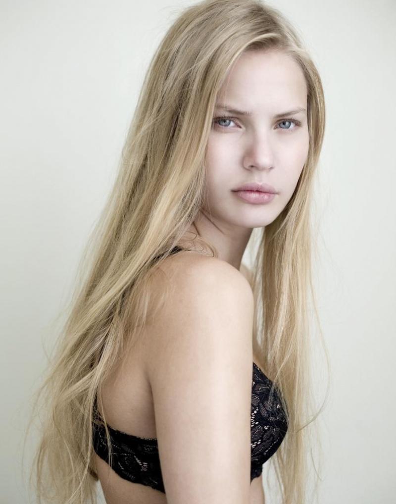 Female model photo shoot of elchi in london, GB