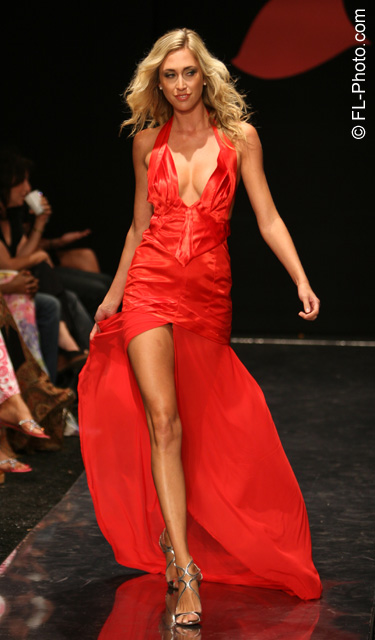Funkshion Fashion Week Miami Beach  Jan 26, 2009 Oct.08 Red Dress Donation to benefit Womens Heart Disease. (Loran Stoner)