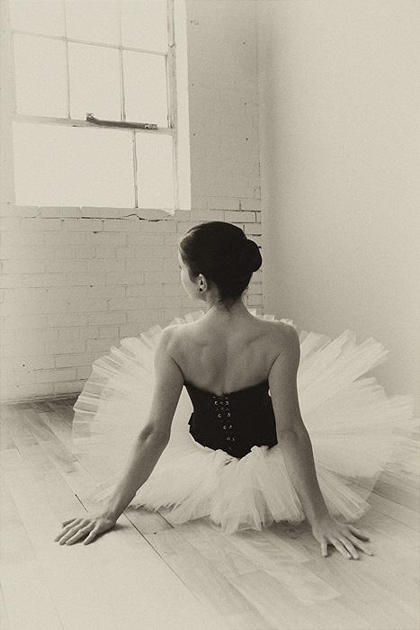 Conservatoire de danse de Montréal Jan 29, 2009 Annie T. Valérie L., ballerine