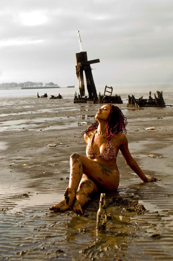 Mudpie Beach Jan 31, 2009 J Schumacher / Kutevamp777 Oh, Mud, sing me thy song....