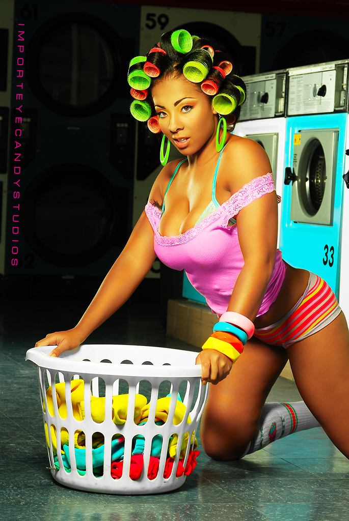 Washington DC Laundrymat Feb 01, 2009 Import EyeCandy Studios Lookin sexy doin laundry