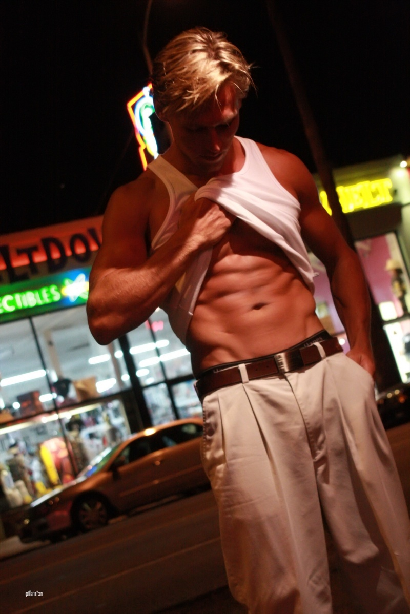 Feb 02, 2009 Hot night on Santa Monica