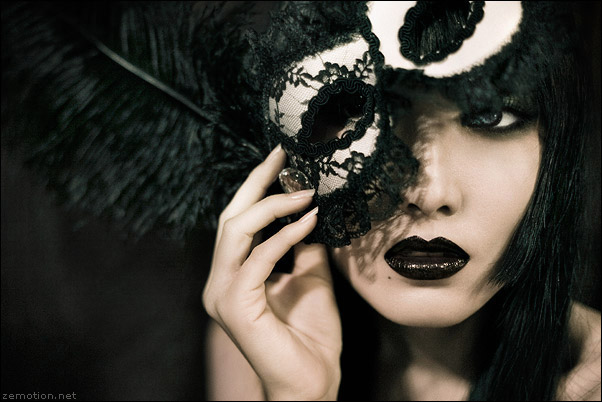 Beijing, China Feb 05, 2009 Zhang Jingna, www.zemotion.net Behind the Mask.       makeup by me