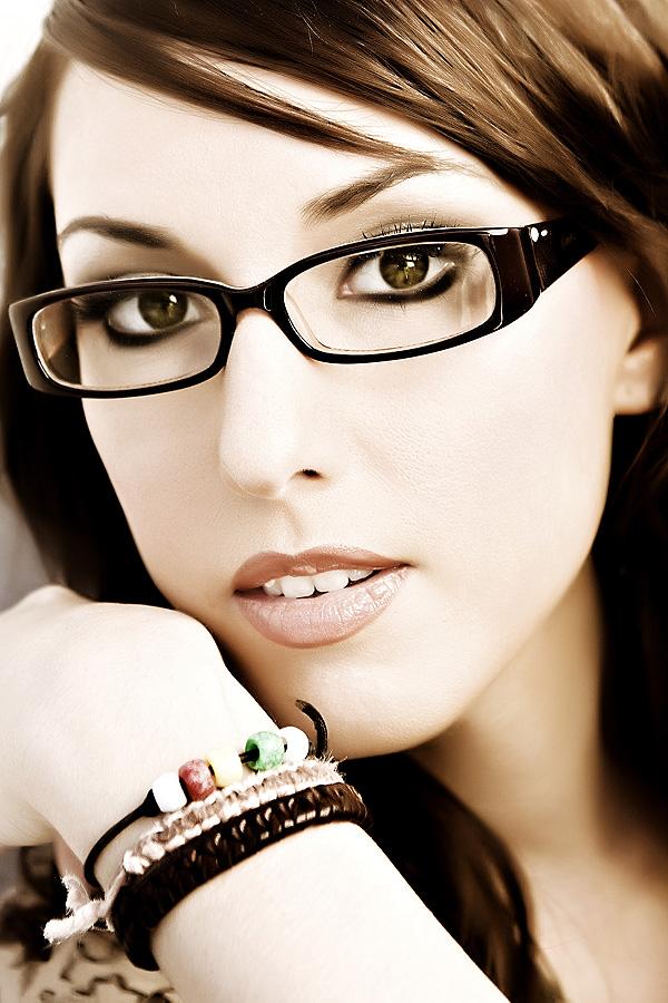 Dallas Feb 05, 2009 QC Cong/XO Photography Model Elisa  -  MUA  Nancy Lam