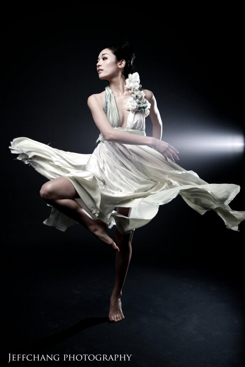 Feb 06, 2009 jeff chang photography, MUA Bella Chan, Fashion by Mariko Aramaki flow