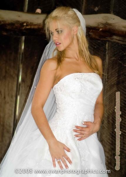 Female model photo shoot of Magenta Bentley